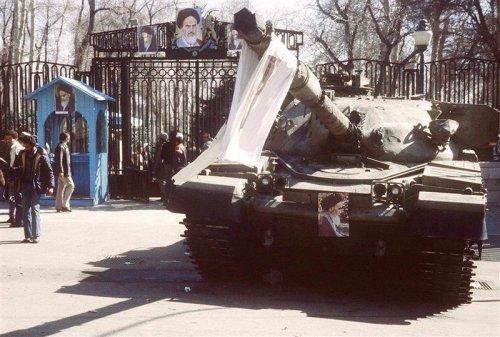 iranian-revolution-khomeini