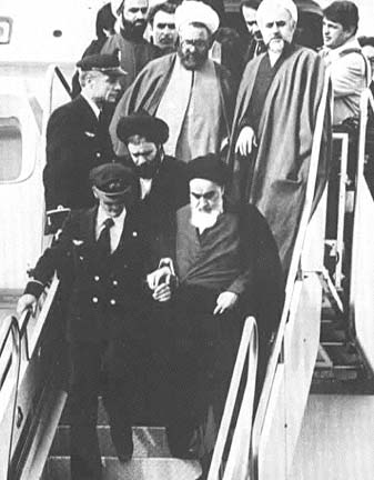 khomeini-arrival-from-paris