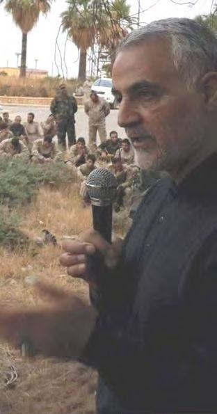 qasem-soleimani-briefs-fighters-syria