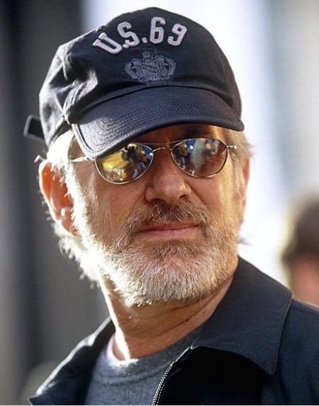 De Arabische Liga plaatste Steven Spielberg en zijn Righteous Persons