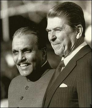 us-president-ronald-reagan-pakistan-president-general-muhammad-zia-ul-haq